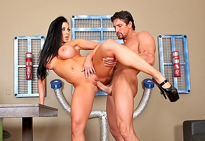 Picture Gallery of Audrey Bitoni Horny Time Traveler Gets Hers