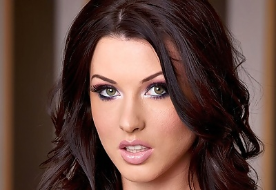Picture Gallery of Alice Goodwin Smokin' Hot Pinup