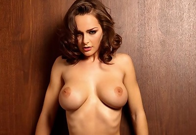 Picture Gallery of Kristen Pyles with no clothes on her perfect body