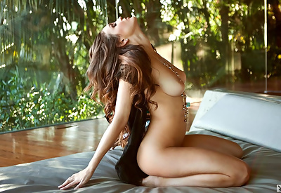 Picture Gallery of Jaclyn Swedberg strips down to pearl necklace on bed