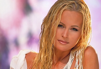 Picture Gallery of Katie Lohman Busty Blonde all Wet in White