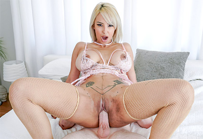 Picture Gallery of Lauren Pixie wraps her tight pussy around her stepson's boner