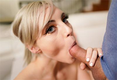 Picture Gallery of Jamie Jett sucks her boyfriend right in front of his best friend