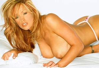 Playmate Exclusives December 2005 - Christine Smith
