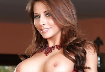 Sexy brunette Madison Ivy strips from her sexy bra and panties showing her naked aweosomeness