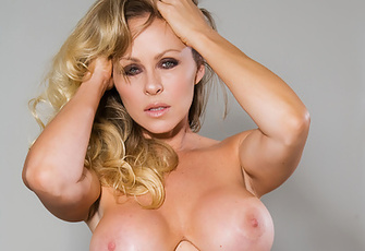 Do you ever wonder what drop-dead gorgeous sexpots like Dyanna Lauren fantasize about when masturbating? We do too, but whatever it is she's not telling but you know it's got to be awesome for her to work herself up like she does in these photos!