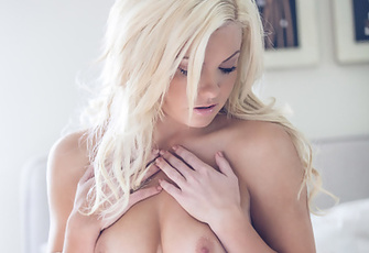 Addison Miller - Laid Back Lover