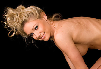 Good clean fun with Playmate Kelly Carrington