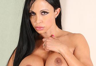Jewels Jade Milf with Big Tits Giving a Blowjob