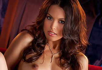 Raquel Pomplun Stunning Natural Brunette Naked in Bed