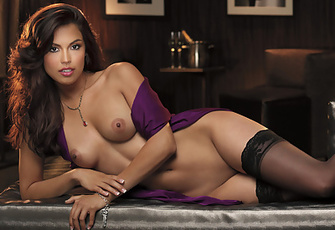 Raquel Pomplun Stripteases in Stockings and Lingerie