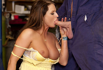 Brooke Belle seduces the lucky mechanic