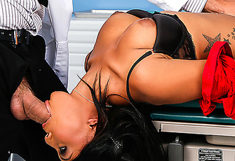 Leilani Leeane gets throated and fucked by her Doctor