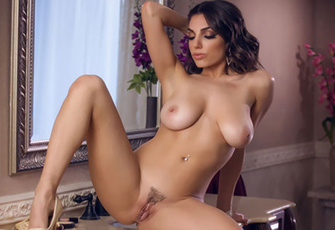 Natural Babe Darcie Dolce Loves Being Watched By You