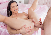 Picture Gallery of Diana Grace takes it up the butt for the very first time